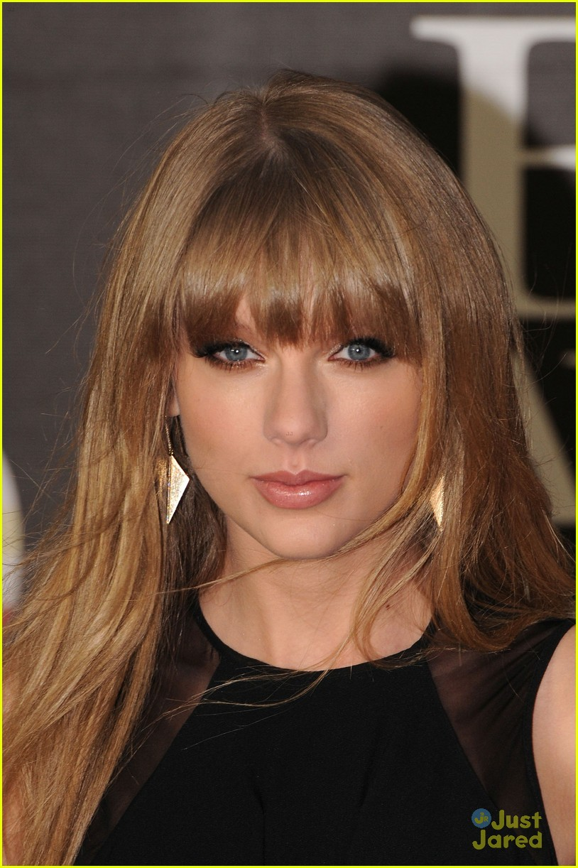 taylor swift brit awards 05