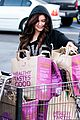 Winter-grocery ariel winter whole foods stop with sister shanelle 04