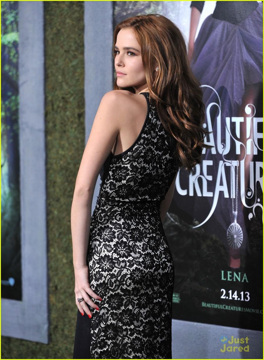 Zoey Deutch: 'Beautiful Creatures' Premiere Pretty | Photo ... Zoey Deutch Beautiful Creatures Premiere