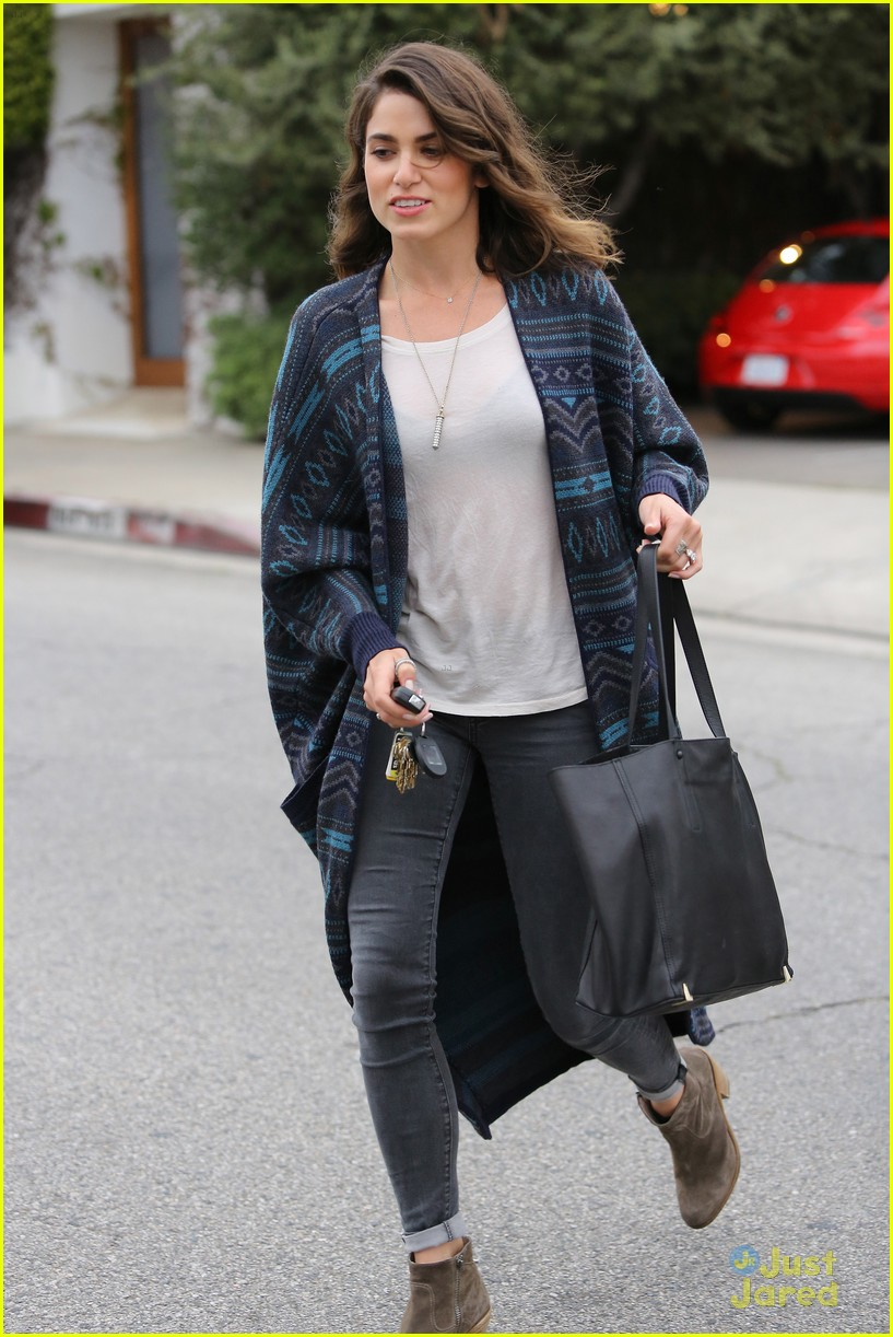 Full Sized Photo of nikki reed spa mom 13 | Nikki Reed: Spa Day with ...