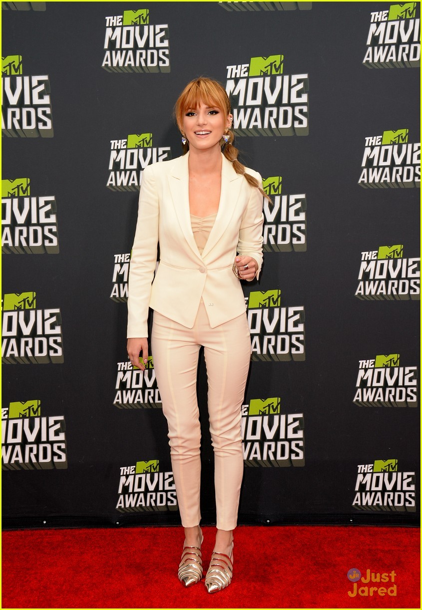 bella thorne mtv movie awards 03