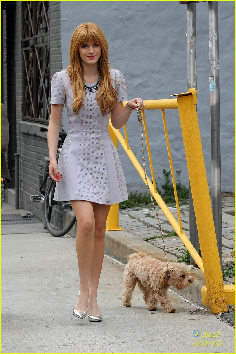 bella thorne nyc dog walk with kingston 03