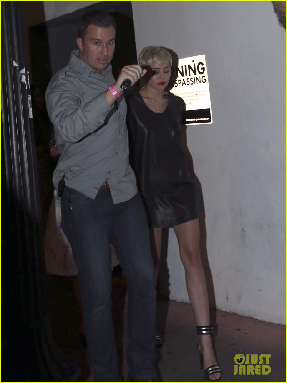 miley cyrus miami night out 03