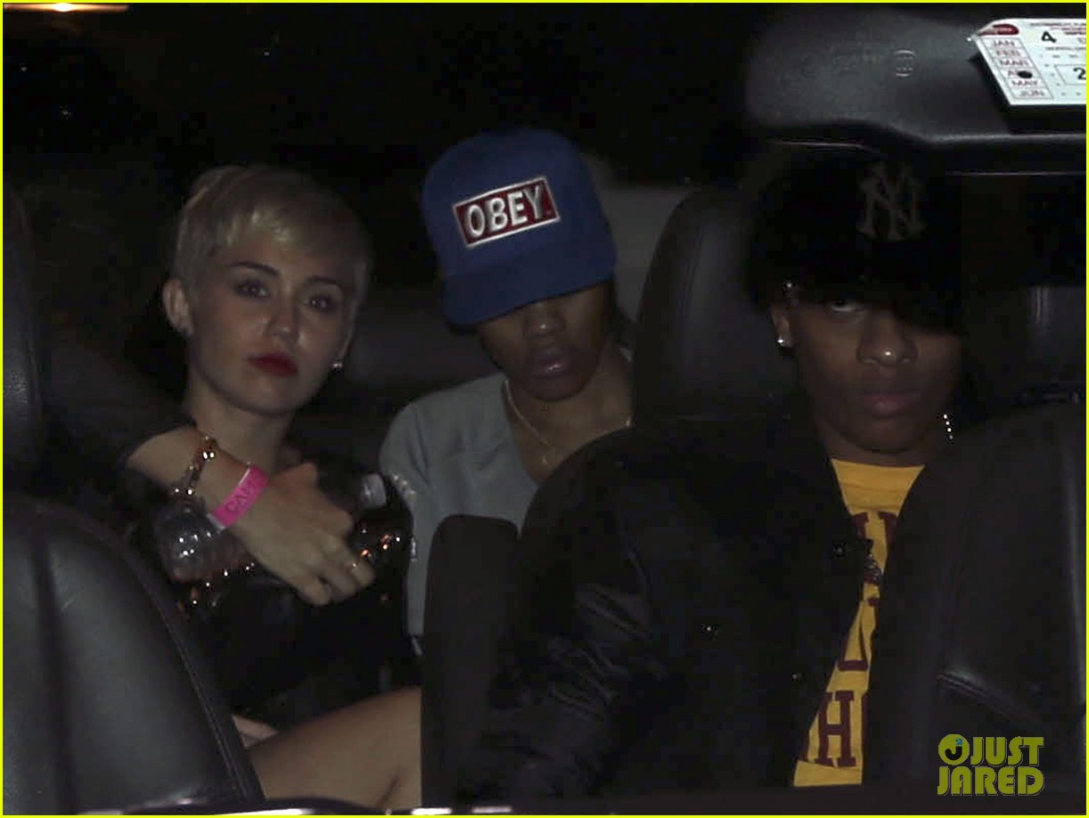miley cyrus miami night out 10