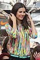 Vic-extra victoria justice extra appearance at the grove 17
