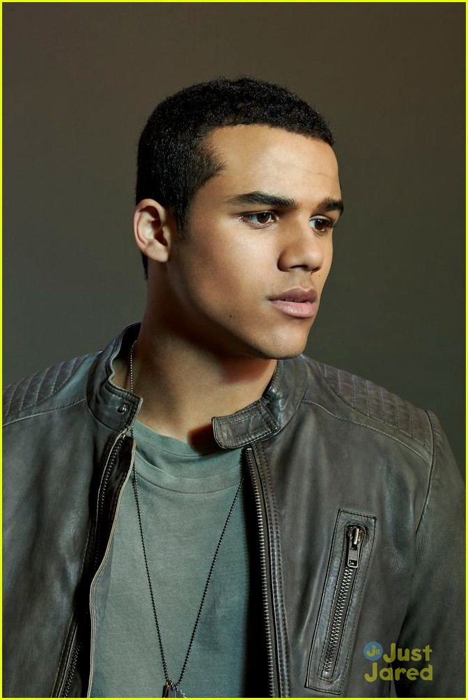 Jacob Artist Photo Set Jacob Artist is