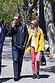 Liz-soho elizabeth soho stroll with boyd holbrook 03