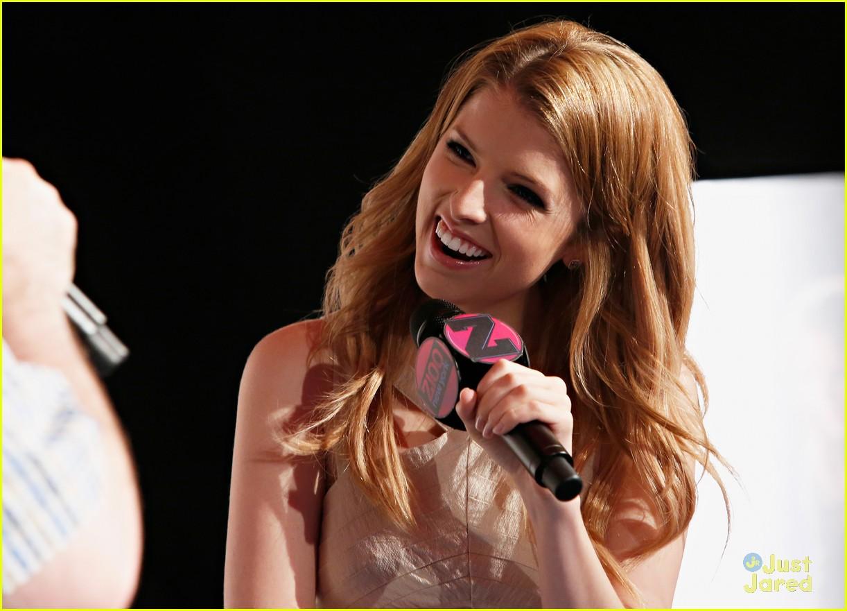 Anna Kendrick, so cute... Anna Kendrick Cups