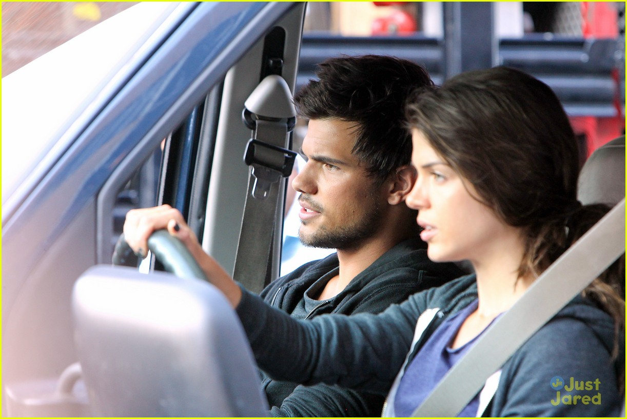 taylor lautner bench campaign behind the scenes 11
