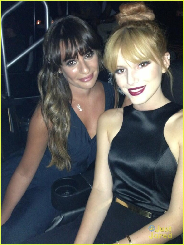 bella thorne beyonce concert with lea michele 03