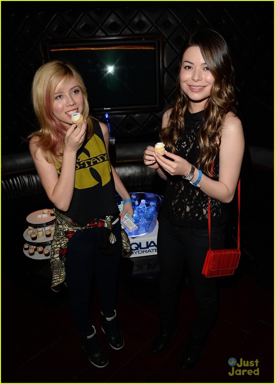 Jennette mccurdy and miranda cosgrove 2013