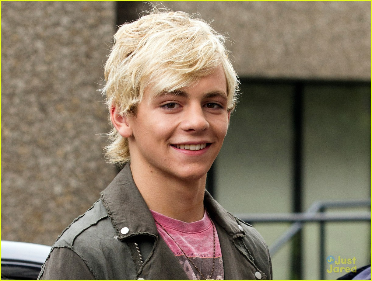ross lynch stuck on you перевод