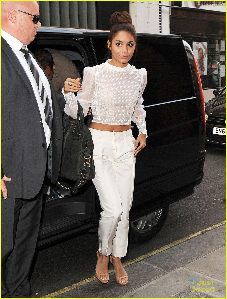 vanessa hudgens lovely in london 12