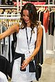 Jamie-bryan jamie chung bryan greenberg fashion saves live trade show 02
