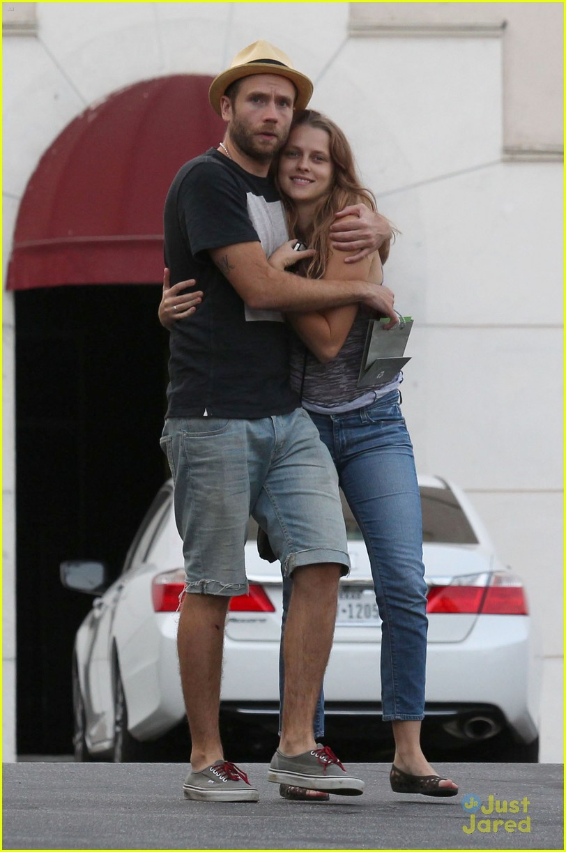 Teresa Palmer with cool, Husband Mark Webber