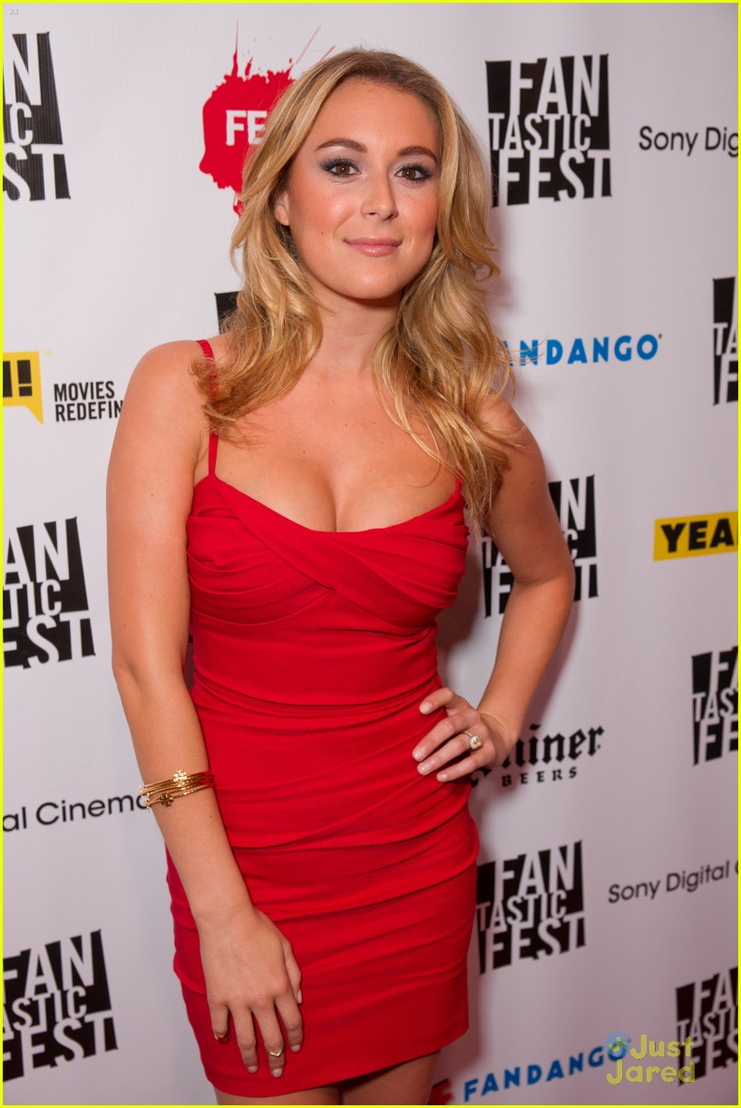 Alexa Vega: 'Machete Kills' Premiere in Austin   Photo 600572 - Photo Gallery   Just Jared Jr.