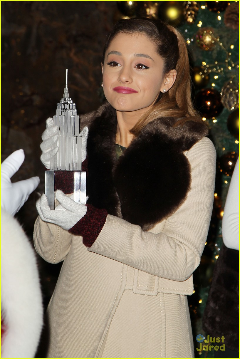 ariana grande nathan sykes bundle up in nyc 10