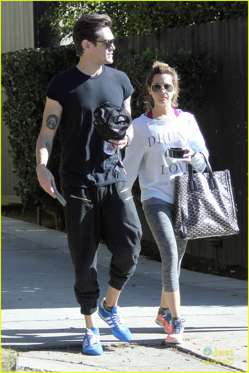 ashley tisdale christopher french mid week workout 04