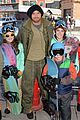 Lutz-snow kellan lutz learns to snowboard at sundance 03