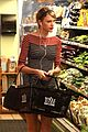 Swift-grocery taylor swift grocery store greens 01