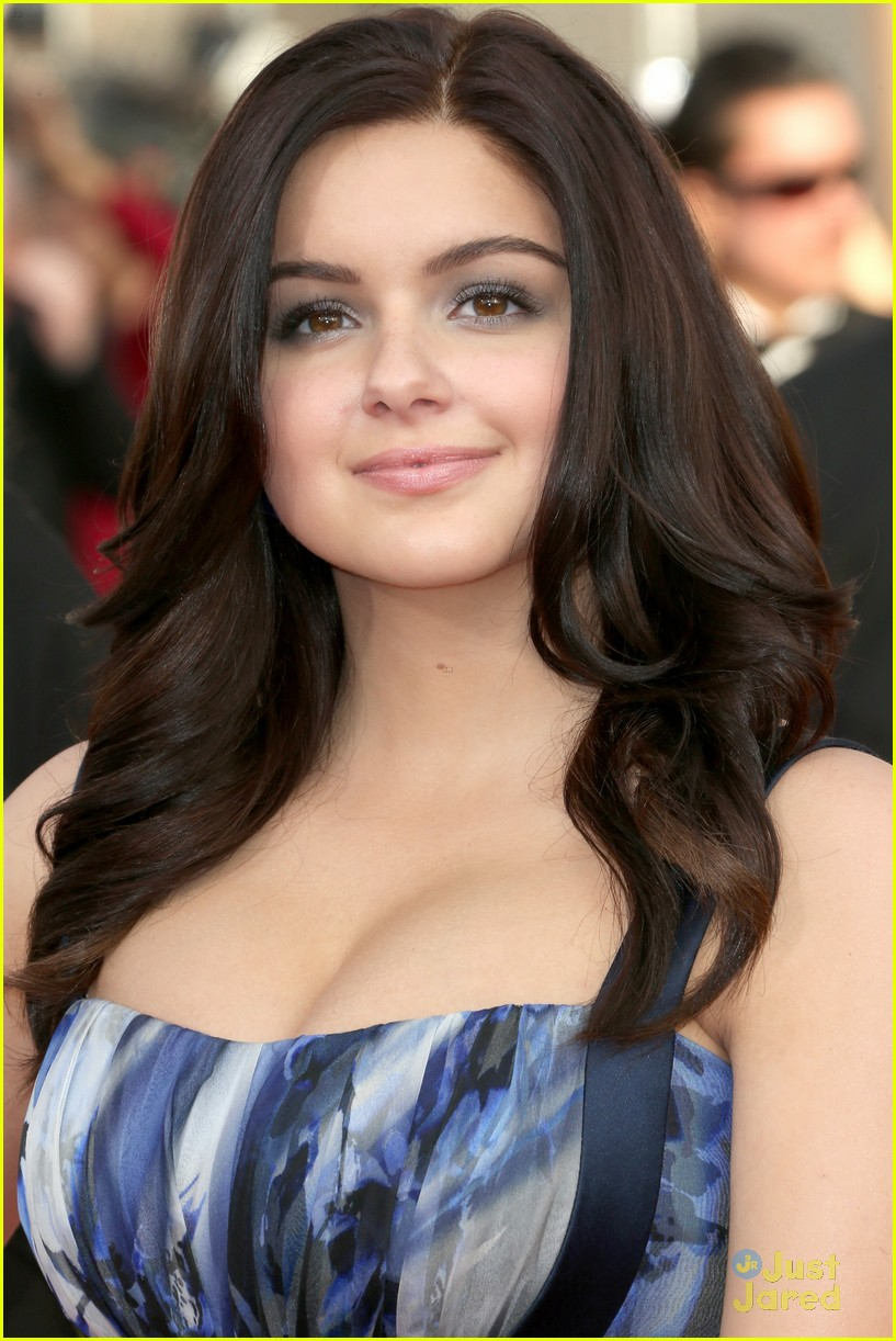 Full Sized Photo Of Ariel Winter 2014 Sag Awards 12
