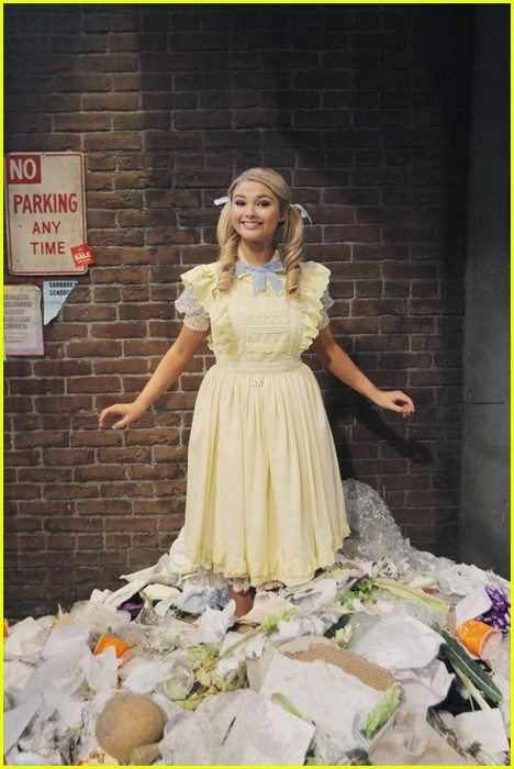 ant farm series finale stills 07