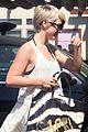 Hough-sweaty julianne hough nikki reed sweaty workout 15