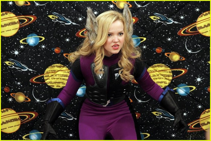 """Liv and Maddie. In """"Slump-A-Rooney"""", Maddie (Cameron) and Willow"""