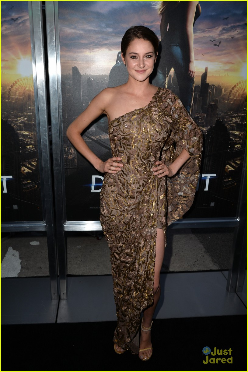 Shailene Woodley at the Divergent premiere in LA