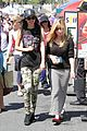 Victoria-jennette victoria justice jennette mccurdy market meet up 01