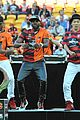 Derulo-soccer jason derulo jumps around at the australian football a league grand final02