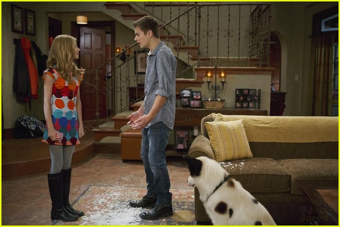 What's Going on With Wes on 'Dog With A Blog'? | Photo ...  Peyton