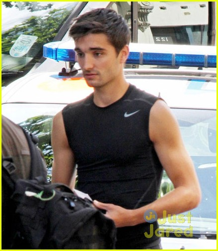 the-wanted-tom-parker-car-accident-01.jpg