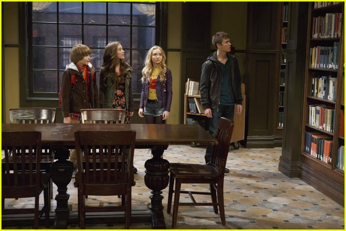 girl meets world set visit Girl meets world season 3 episode 6 girl meets upstate they are going to pay good old uncle shawn a visit in set photo it is clear that these.