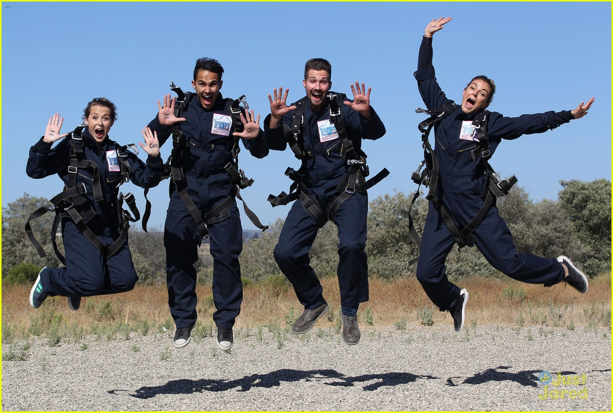 james maslow skydives carlos alexa penavega 01