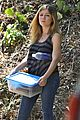 Jennette-shade jennette mccurdy dont like shade sun outside 04