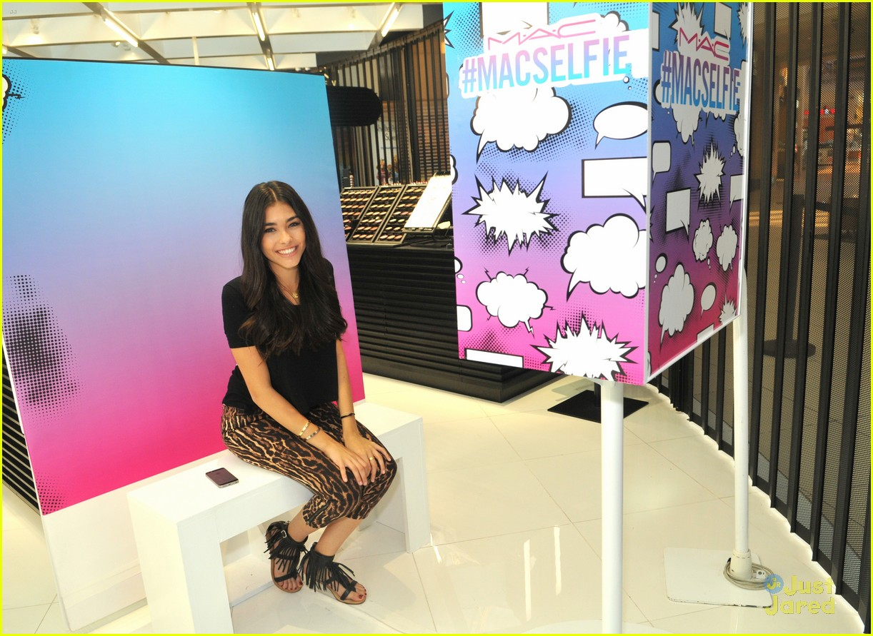 madison beer mac store appearance orlando 12