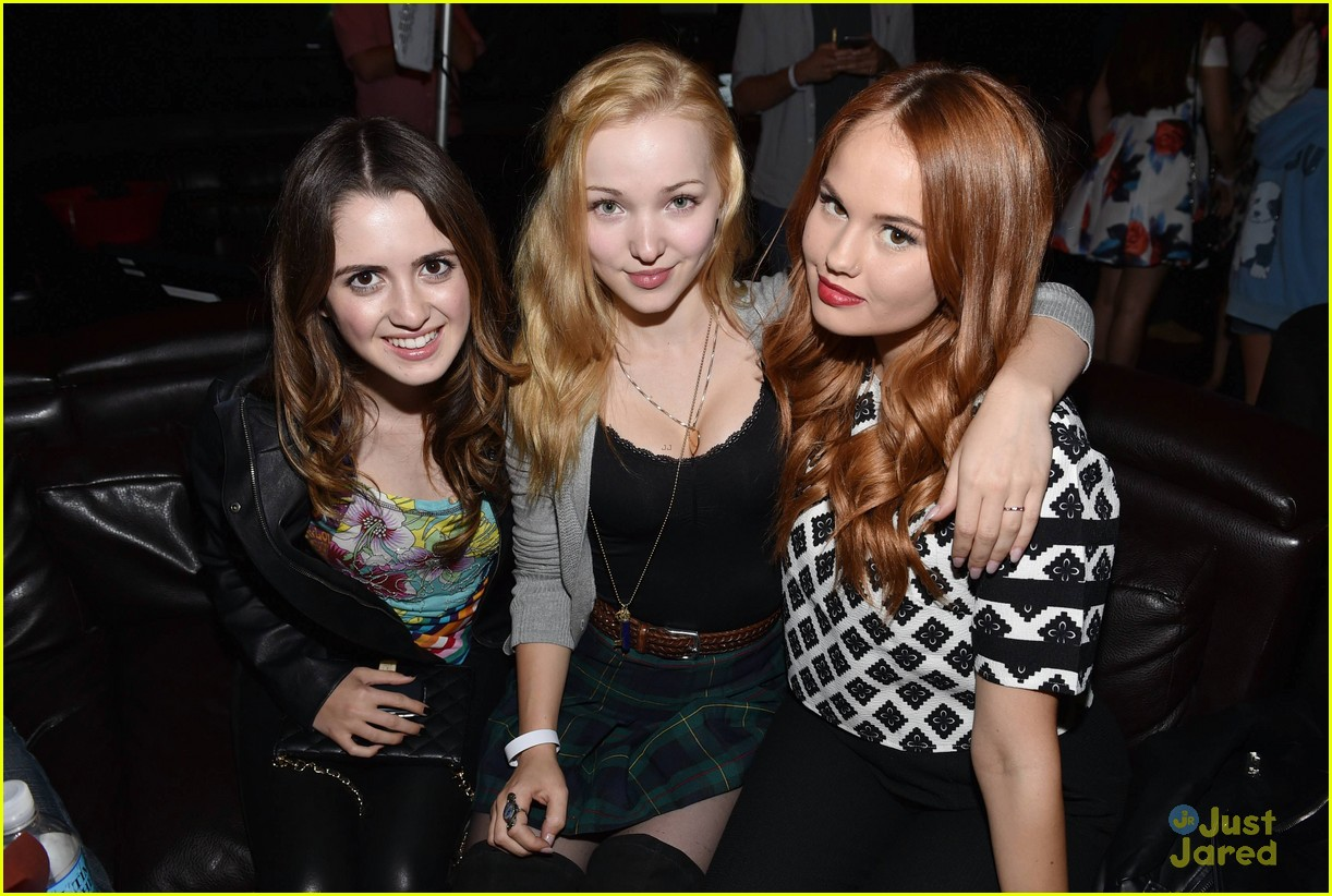 debby ryan dove cameron katy perry concert 02