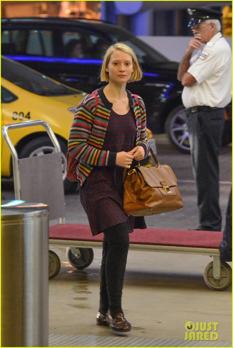 Mia Wasikowska Boyfriend If you were wondering whether