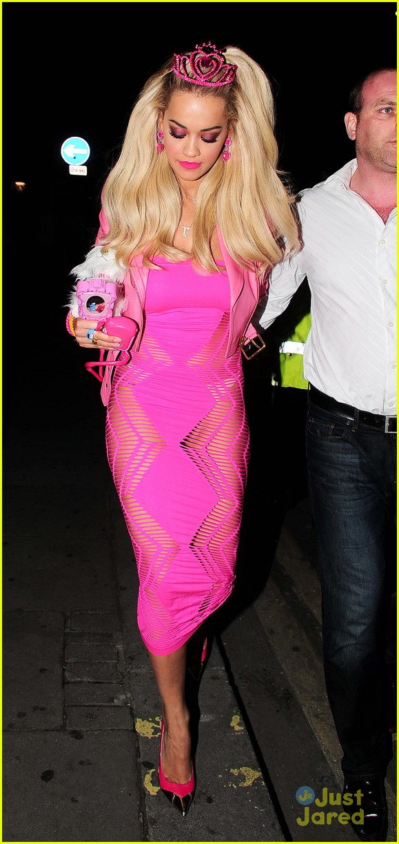 rita ora looks pretty in pink as barbie for halloween photo 737048 photo gallery just jared jr - Halloween Costume Barbie