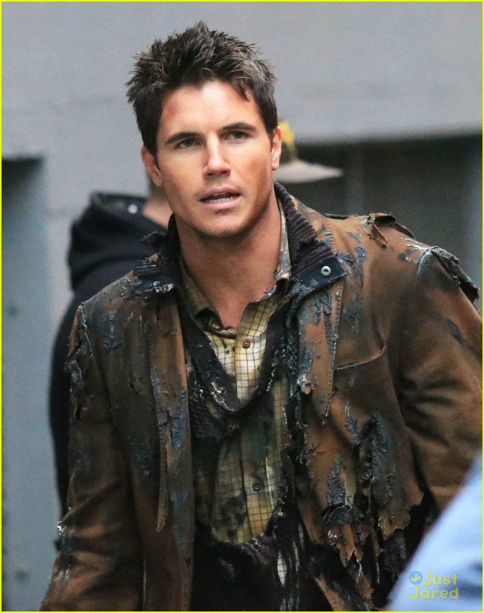 robbie amell filmography