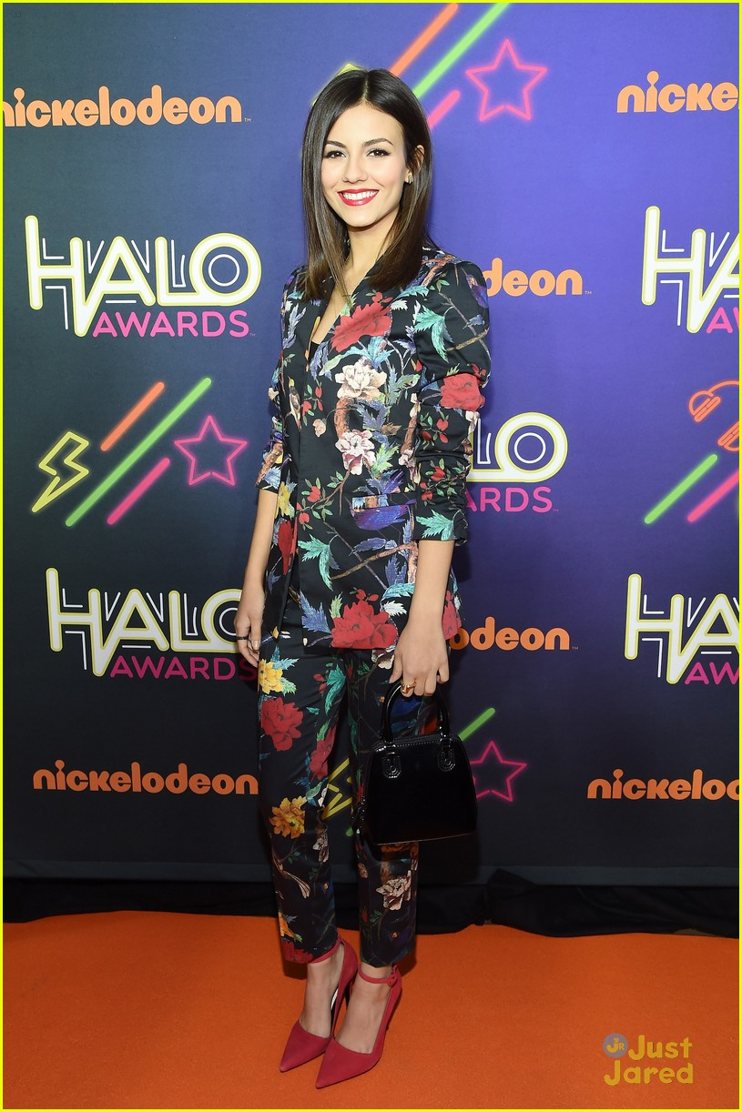 victoria justice leon matt reunion 2014 halo awards 04