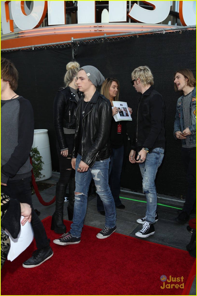 r5 rock red kettle concert 03