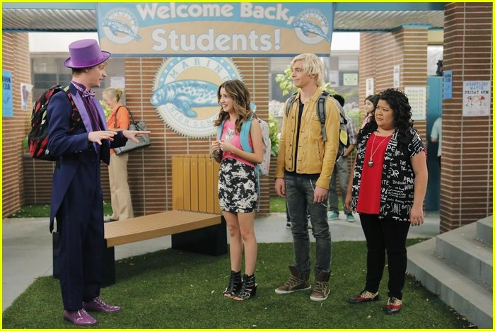 austin moon fails spanish austin ally stills 10
