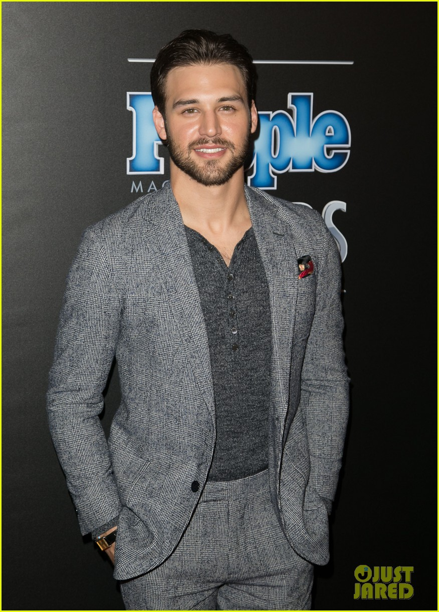 ryan guzman twitterryan guzman gif, ryan guzman 2017, ryan guzman step up 4, ryan guzman tumblr gif, ryan guzman filmleri, ryan guzman wiki, ryan guzman films, ryan guzman kiss, ryan guzman step up, ryan guzman gif hunt, ryan guzman listal, ryan guzman zodiac, ryan guzman twitter, ryan guzman site, ryan guzman with his wife, ryan guzman dance, ryan guzman & kathryn mccormick, ryan guzman kimdir, ryan guzman model, ryan guzman baseball