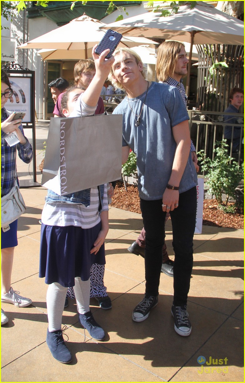 ross lynch rocky lynch grove fans 02