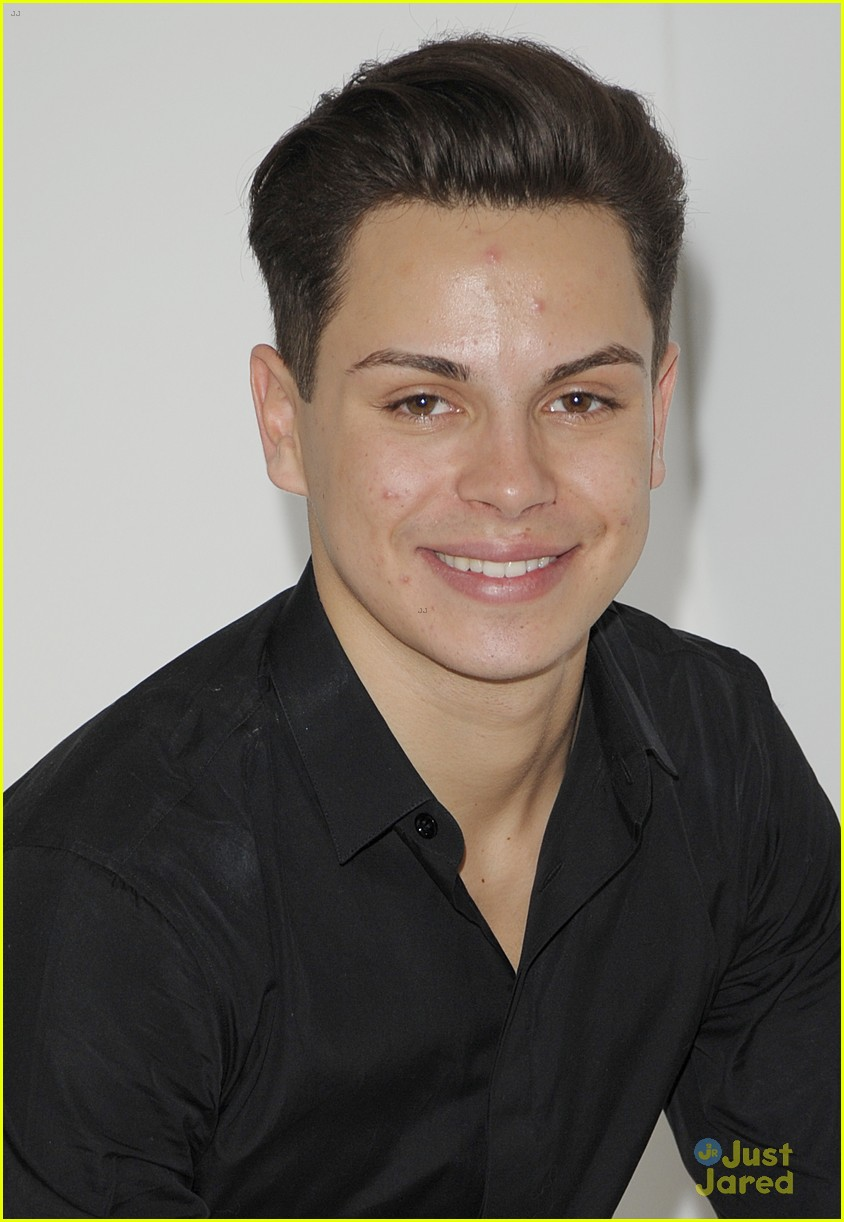 Jake T. Austin is 'So Talented' Raves Former 'Fosters' Co-Star Bailee Madison | Photo 807550 ...