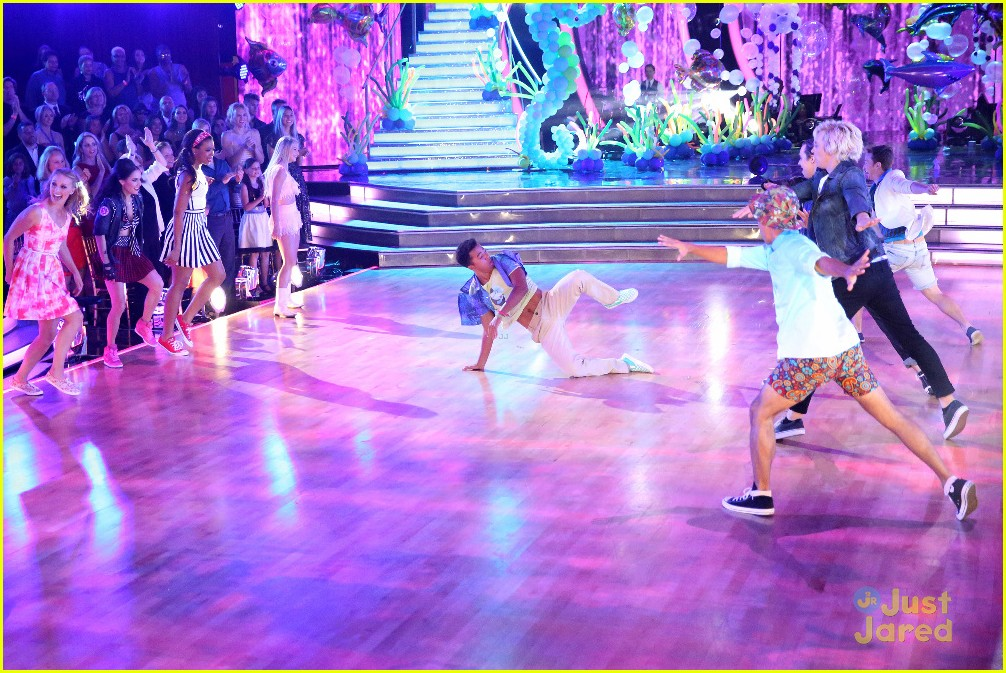 ross lynch teen beach 2 cast dwts pics 10