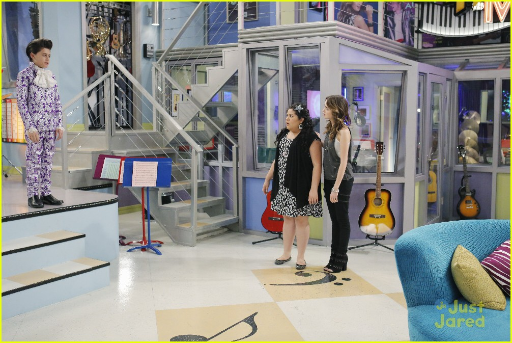 austin ally mini mes muffin baskets stills 10