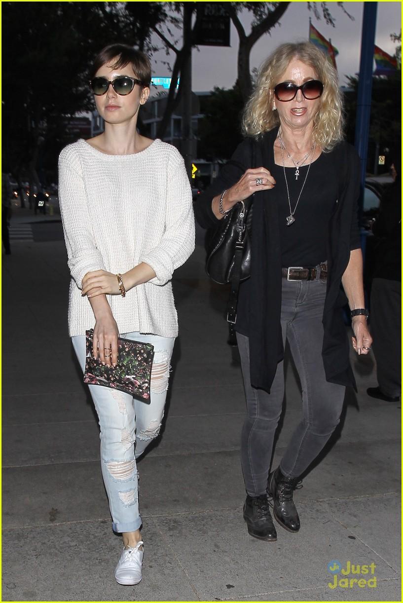 lily collins craigs dinner mom jill errands workout 06